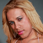 Hot blonde bombshell from Sao Paulo with a great body!