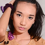 Iko is a demure 18 year old shemale from Manila